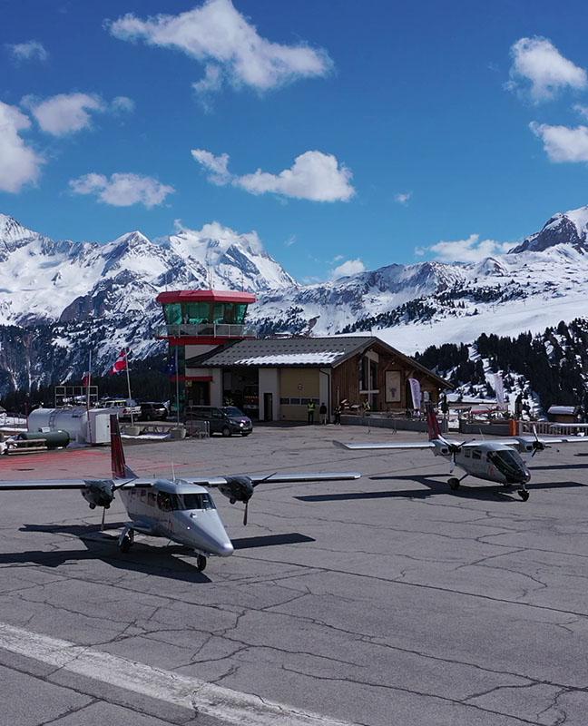Bases Alpine airlines altiport de Courchevel LFLJ Chambéry LFLB Saint Tropez La Mole LFTZ Transport de passager charter liaisons Paris Geneve Zurich Corse figari Calvi