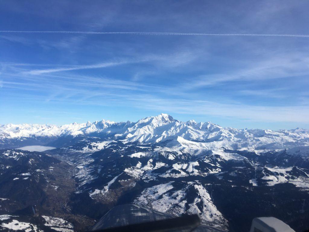 Paris Courchevel Aiguille du midi Mont Blanc Courchevel Chambéry vol panoramique tour en avion alpes transport passagers