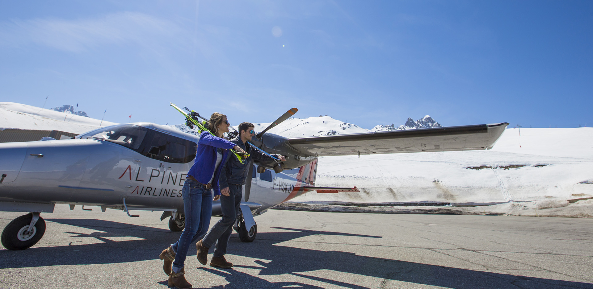 Vol de Paris à Courchevel | Compagnie aérienne Alpine Airlines