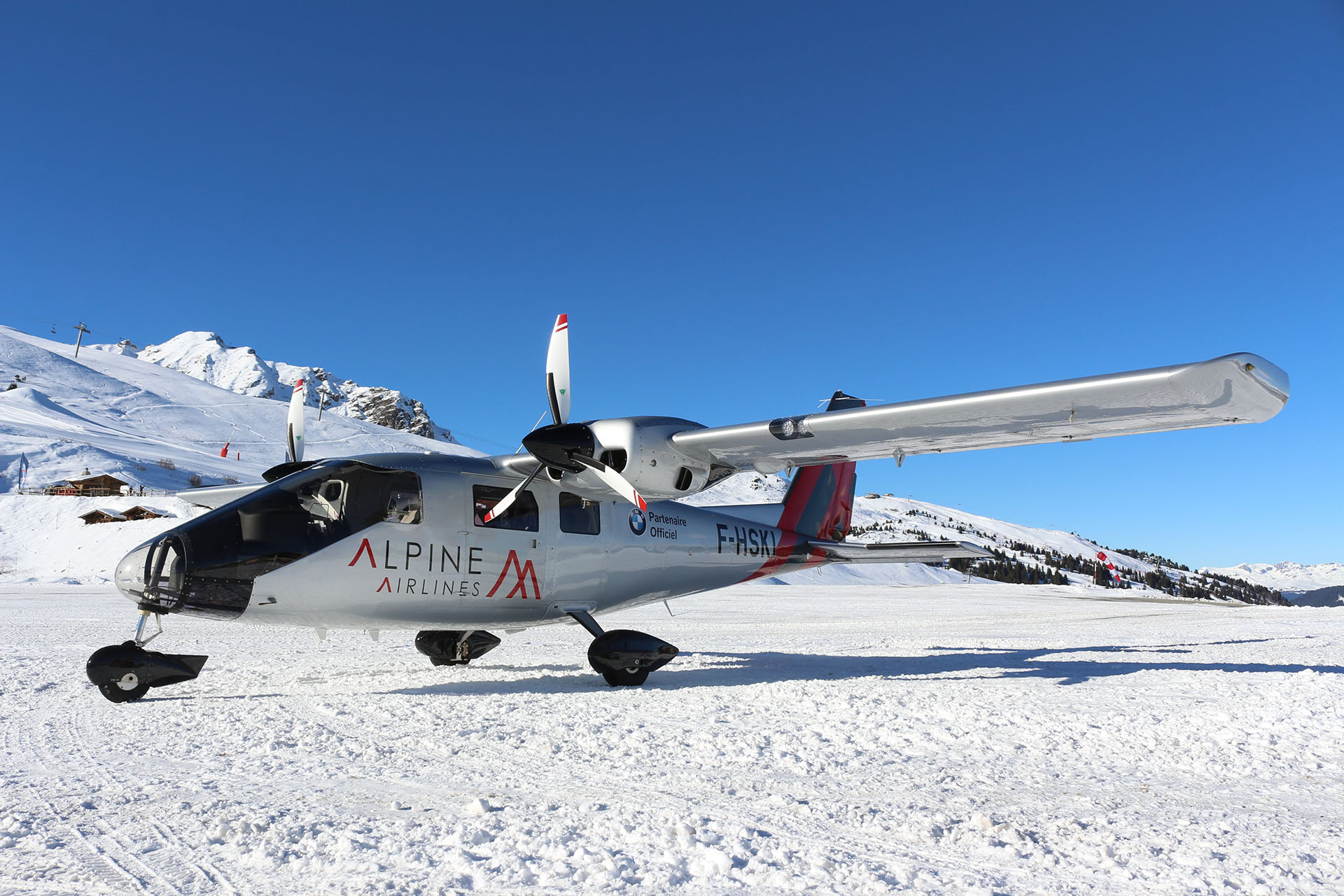 P68 Courchevel Alpine Airlines